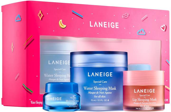 Holiday gift sets you need this year. Gift guide for her. Sephora gift sets