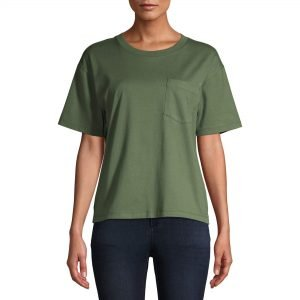Army green boyfriend t-shirt from Walmart. Perfect for the fall.