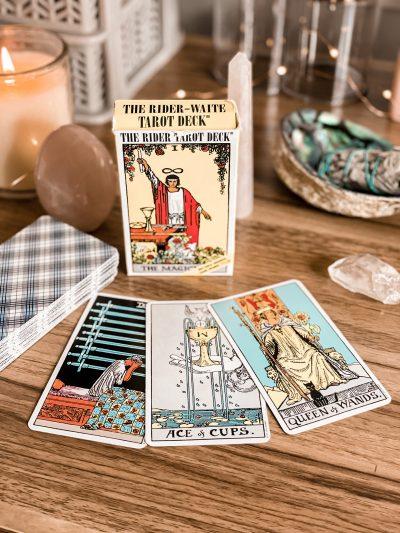 My favorite tarot card decks - The rider tarot deck